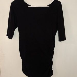 Scoop neck, rouched side, elbow length sleeve tee